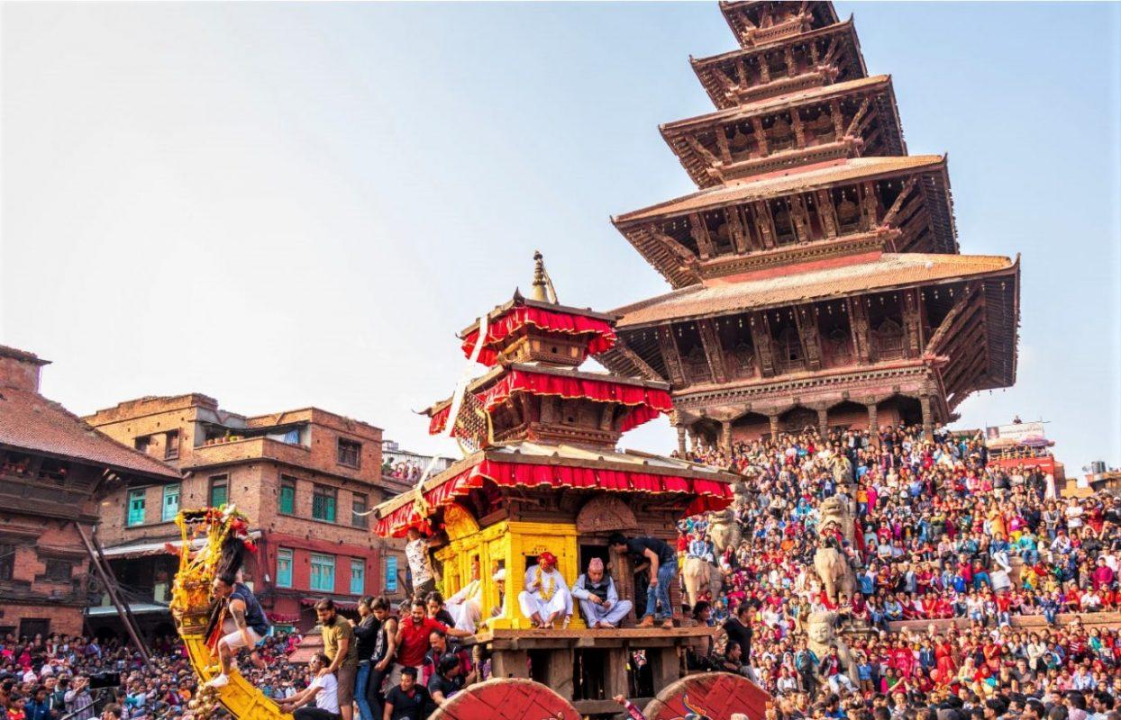 Private tour to Nagarkot Sunrise & Bhaktapur Durbar Square